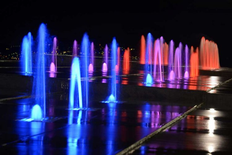 Vue des fontaines la nuit