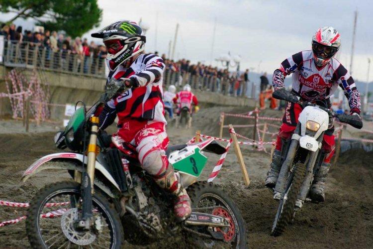 Enduro motorcycle trial
