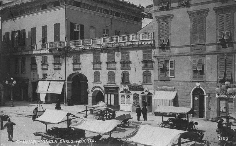Chiavari 1907: Piazza G. Mazzini - Agence Domenico Sambuceti - photo de Riccardo Penna